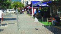 Belediye'ye Sinirlenen Vatandaş Yolu Kapattı