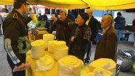 Perşembe pazarında tereyağı diye satılanlar meğer margarinmiş